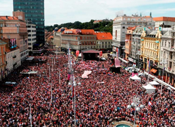 Hundreds of thousands take to the streets of Zagreb to welcome their World Cup heroes