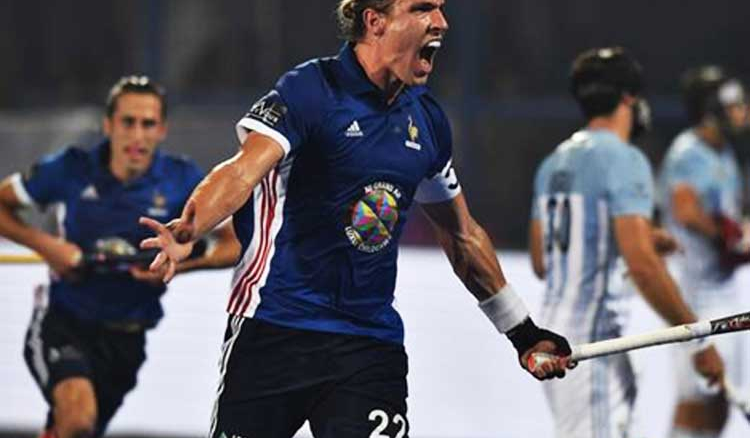 France Routs Argentina 5-3