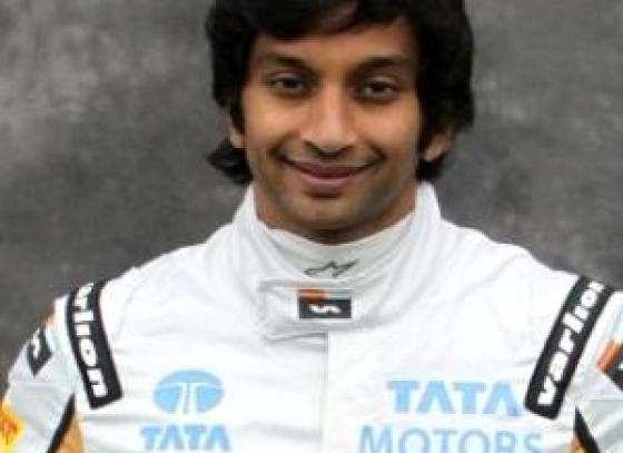 Narain Karthikeyan clinched his second successive pole in the Auto GP