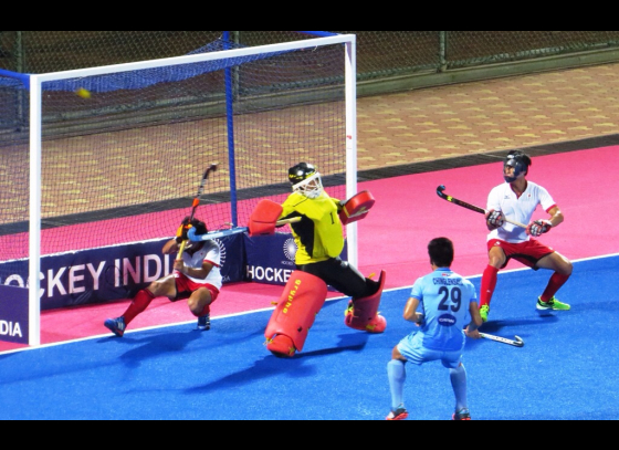 India beat Japan 2-1, seal hockey series